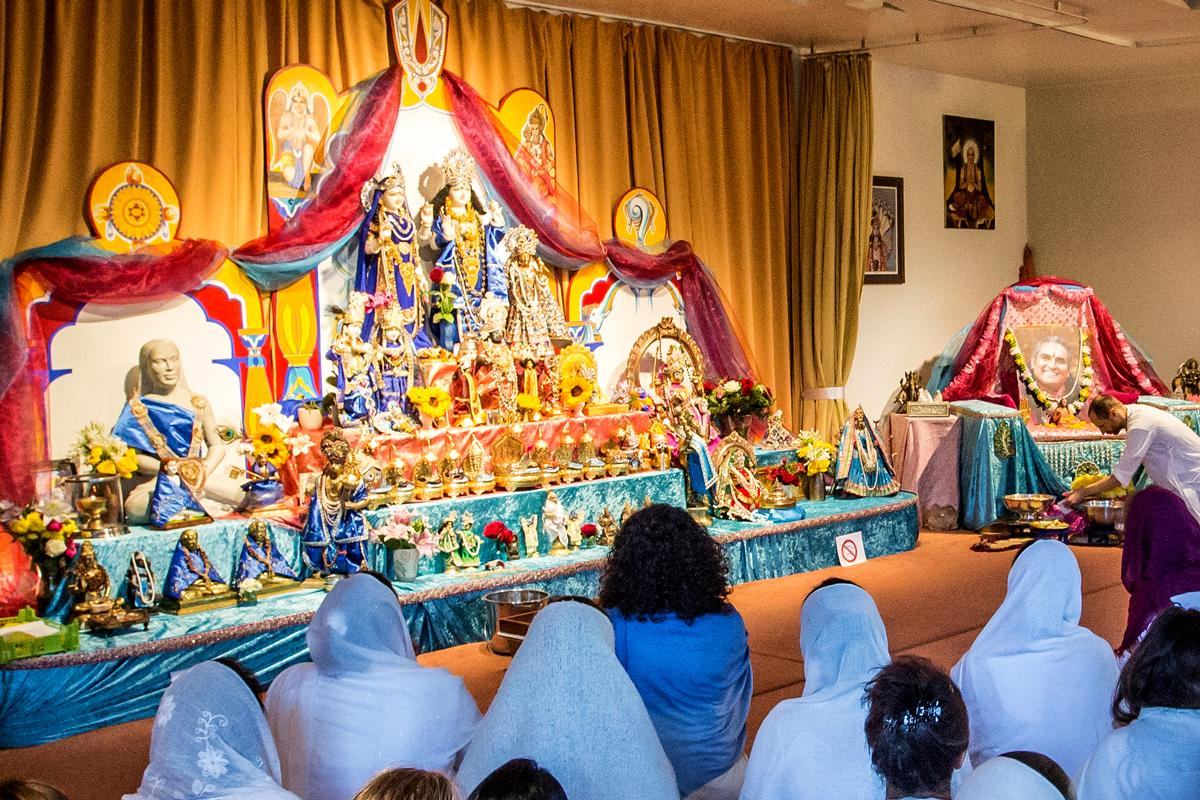 Worship and Prayer - Shree Peetha Nilaya