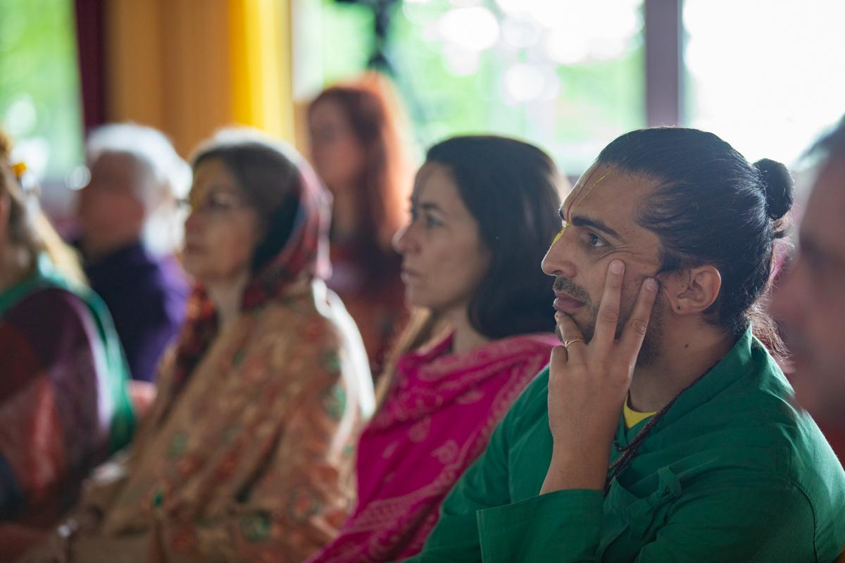 academy-sanskrit-chanting-teacher-training-2019-ashram